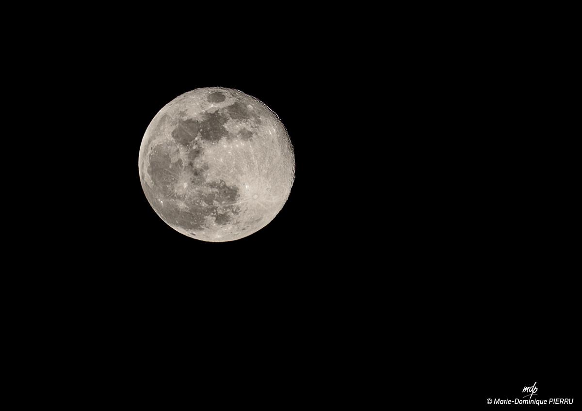 Lune-pleinegrosse-1